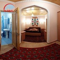 new_moon_hotel_4.jpg