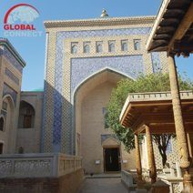 mausoleum_of_makhmud_pakhlavan_2.jpg